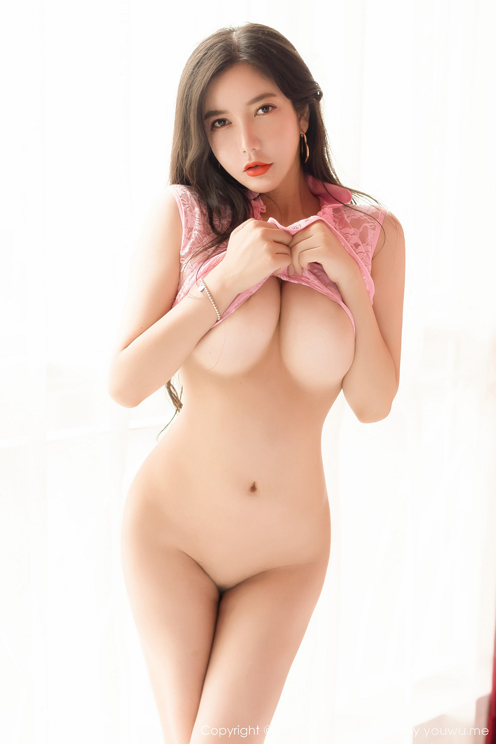 hot Chinese glamour in nude